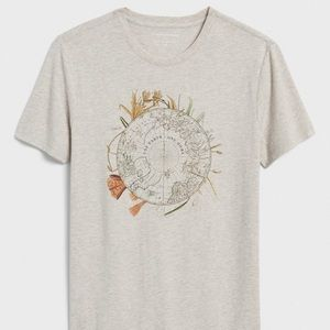 Banana Republic Graphic T-Shirt Size M